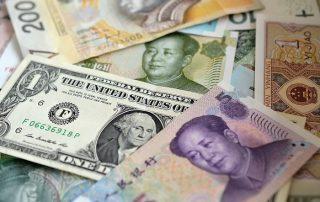 zdjęcie pieniędzy - waluty